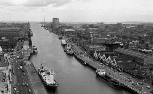 dublin_port_archive_Docks_1970